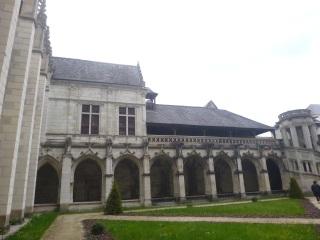 adaptation theatre Le curé de Tours Balzac cloître de la Psalette visite Renaissance CDNT